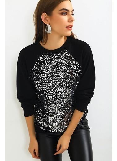 Emjey Önü Pul Payetli Bluz Siyah